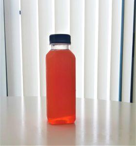 origen de las botellas de plastico