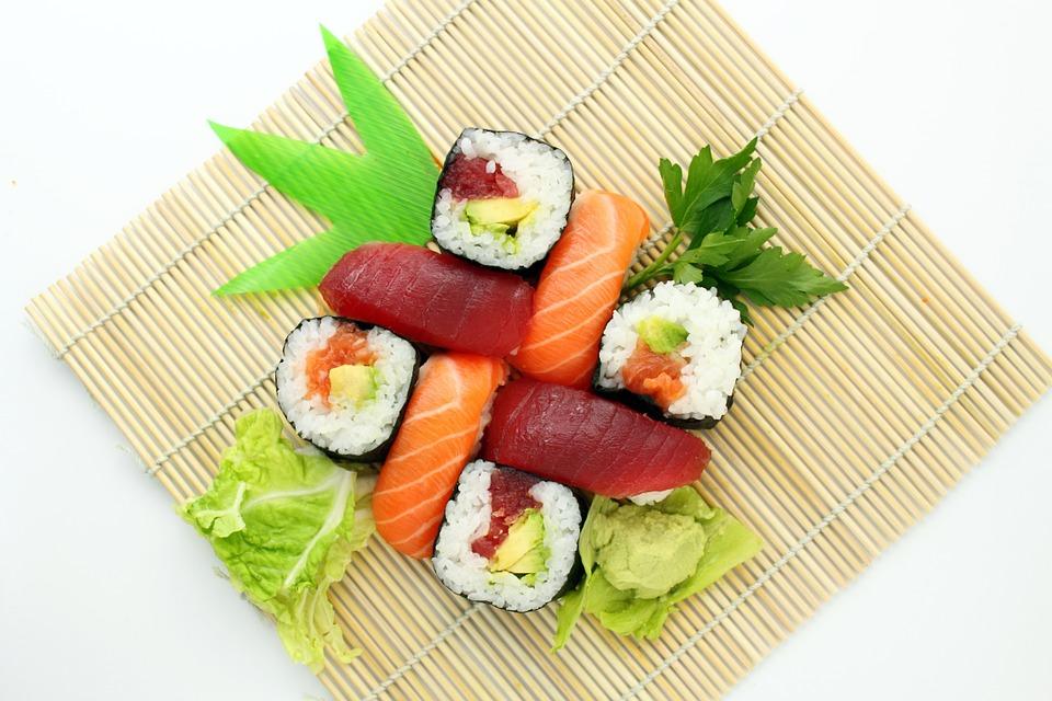 sushi beneficios y origen de la receta