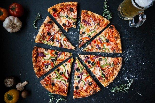 cuál es el origen de las pizzas y los tipos básicos