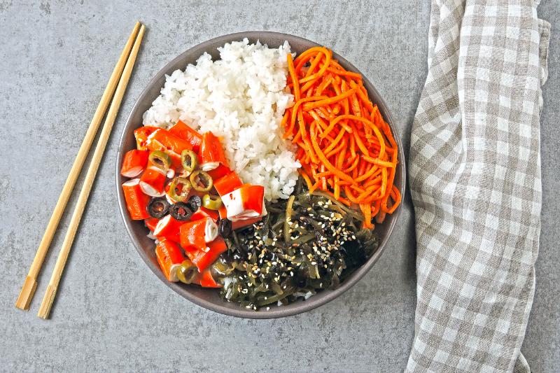 Poké Bowl: origenes de la receta y mejores envases take away para restaurantes